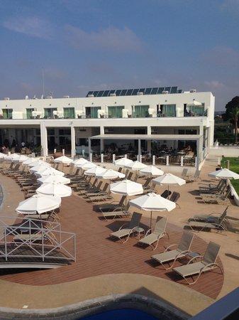 Sunprime Ayia Napa Spa & Suites: Restaurant building and pool area