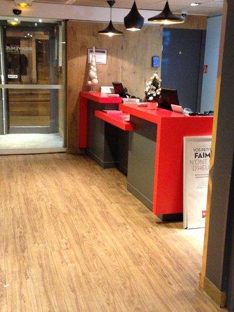 Ibis Paris Gare du Nord La Fayette 10eme: The hotel lobby / entrance / receiption area
