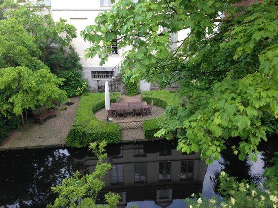 Walwyck Hotel Brugge: Вид из номера
