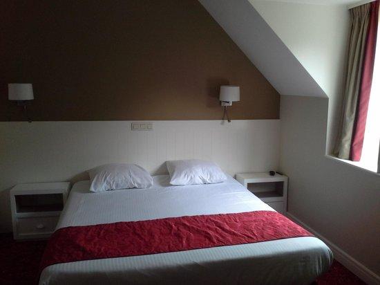 Hotel Acacia : quarto