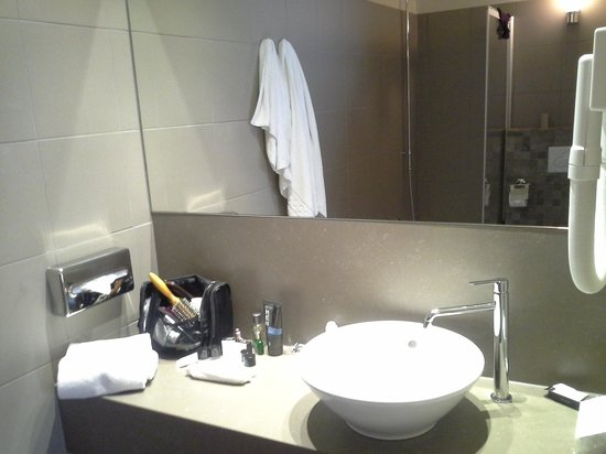 Hotel Acacia : banheiro