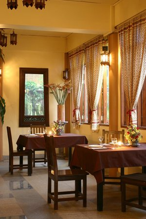 Ruean Thai Hotel: Restaurant