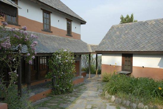 Namobuddha Resort: Traditional roof and nice window