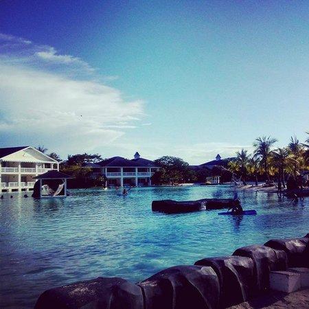 Plantation Bay Resort And Spa: Saltwater lagoon