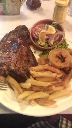 The Ship Inn: Juicy tasty T Bone steak