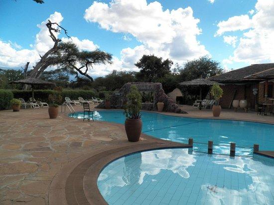Sentrim Amboseli: Piscine