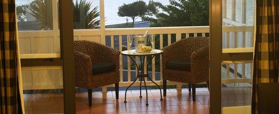 Baycrest Lodge : Enjoy the balcony