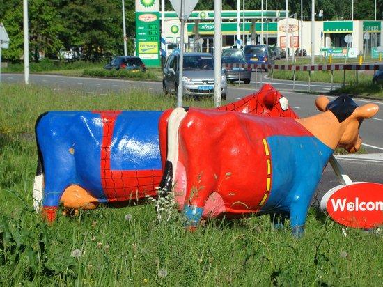 WestCord Art Hotel Amsterdam : arty cows