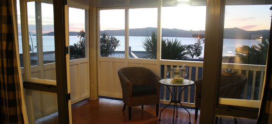 Baycrest Lodge : Feet up and relax