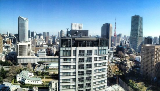 Ana Intercontinental Tokyo : View from my room, even more spectacular at night!