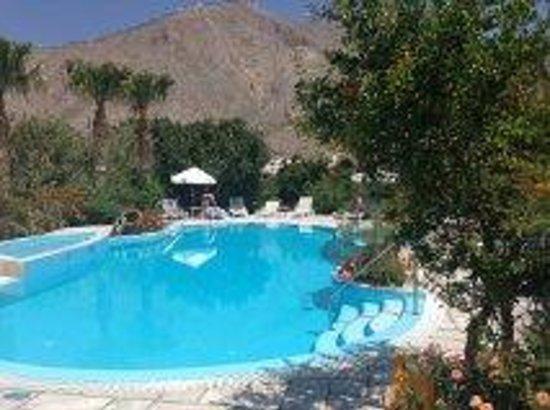 Zorzis Hotel : More of the pool