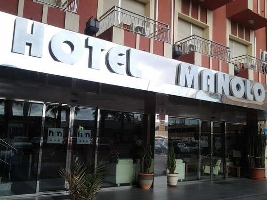 Hotel Manolo: front