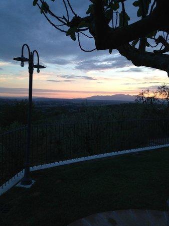 Agriturismo Borgo Casorelle: Avondlicht