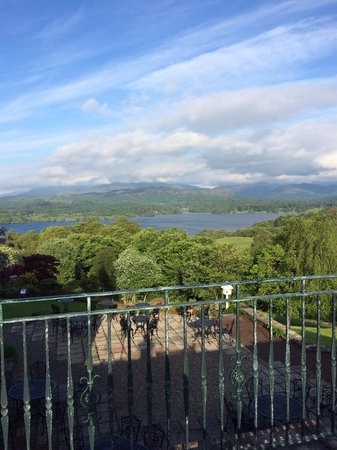 Holbeck Ghyll Country House : view from the terrace