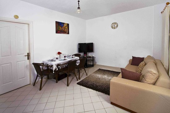 Sestra Apartments: Family Room Living room