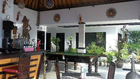 Kelapa Lovina Beach Villas Bar & Resto: Kelapa