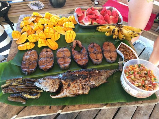 Kermit Surf Resort Siargao: Our awesome lunch during island hopping
