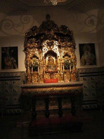 Plaza de Toros de la Maestranza: Altare della cappella