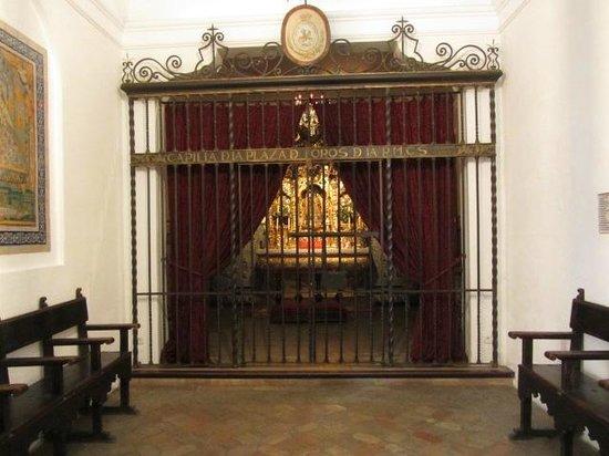 Plaza de Toros de la Maestranza: La cappella dove i toreri pregano prima della corrida ...
