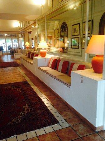 Hotel Residence Santa Giulia: Hall