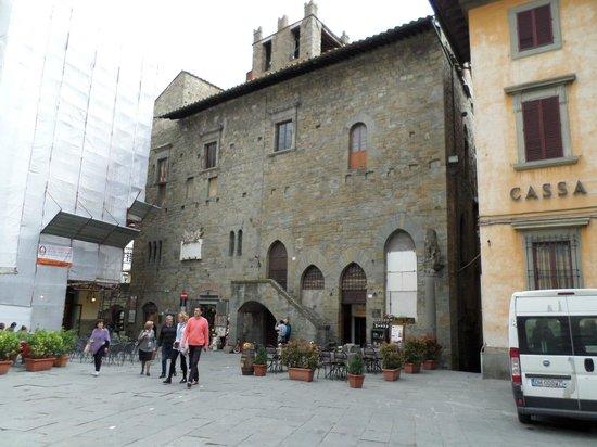 Piazza Garibaldi: ..la piazza..