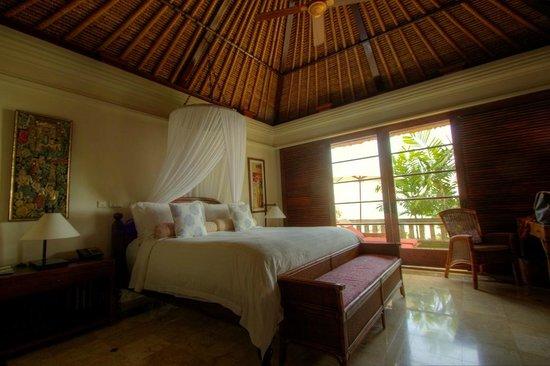 Four Seasons Resort Bali at Jimbaran Bay: Bedroom in the villa