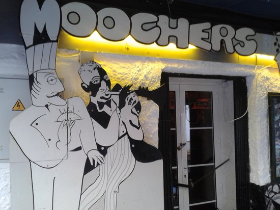 Moochers Jazz Cafe : sign1