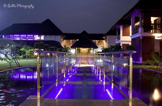 Le Pondy : Night View..