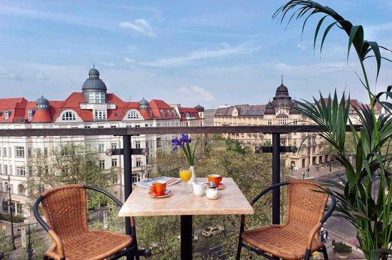 Come Inn Berlin Kurfürstendamm Opera: Breakfast Terrace