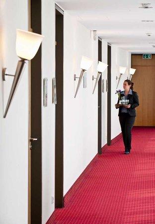 Come Inn Berlin Kurfürstendamm Opera: Corridor