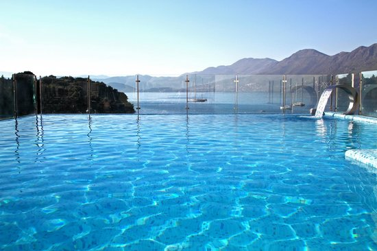 Hotel Cavtat: Pool area