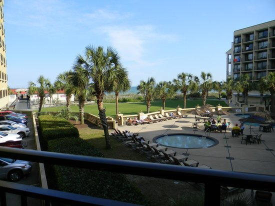 DoubleTree Resort by Hilton Myrtle Beach Oceanfront : Lazy river and kiddie pool