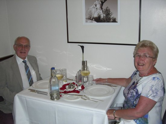 Buxted Park Hotel: Romantic table setting, complete with rose petals