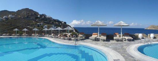 Myconian Imperial Hotel & Thalasso Centre : les piscine ( niveau inférieur )