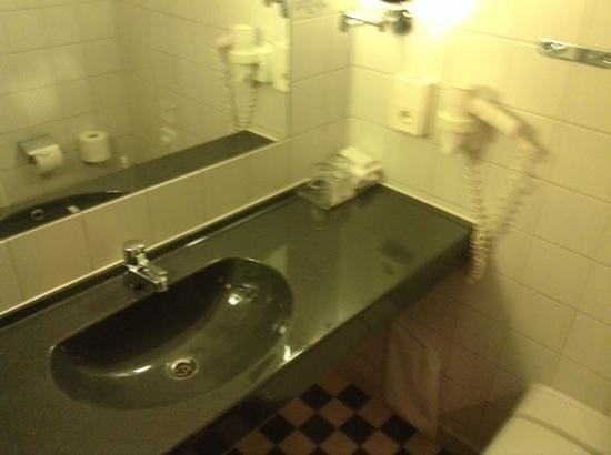 Scandic Kungsgatan: bathroom