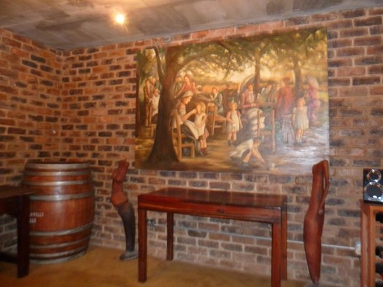 Afrique Boutique Hotel Ruimsig : Wine cellar