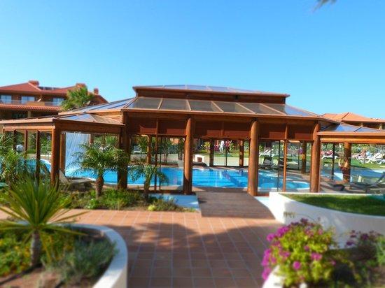 Pestana Porto Santo All Inclusive: pool area