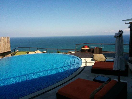 The edge: Pool