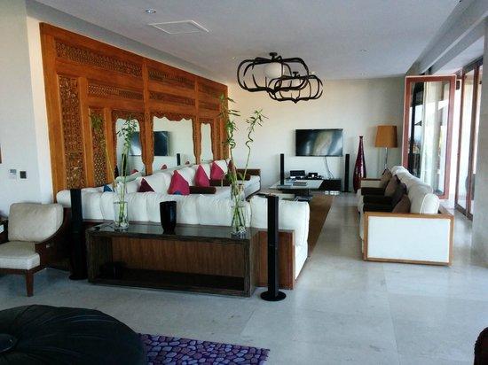The edge: Lounge room 2 bedroom villa