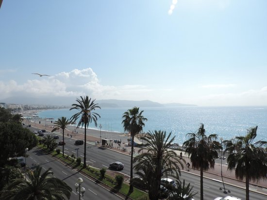 Radisson Blu Hotel, Nice: View up the bay toward Nice central from 4th floor