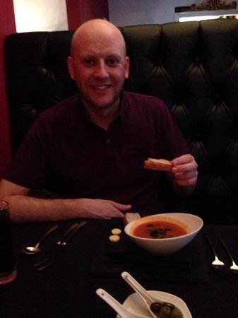 Porto Restaurant : Roasted tomato soup