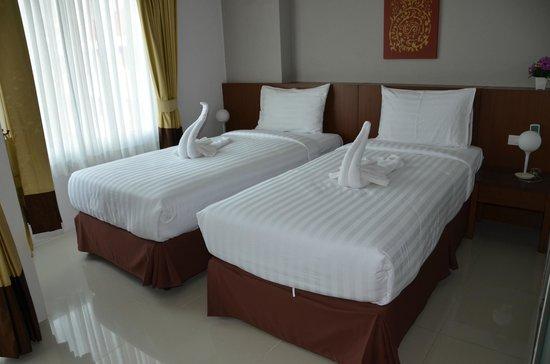 Baan Lukkan Resort: Twin bed (Newish)