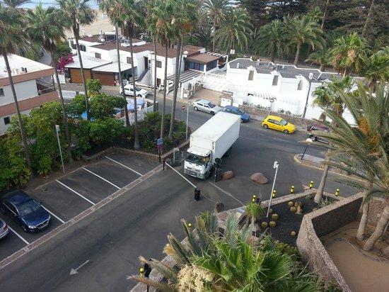Seaside Palm Beach: Lieferverkehr