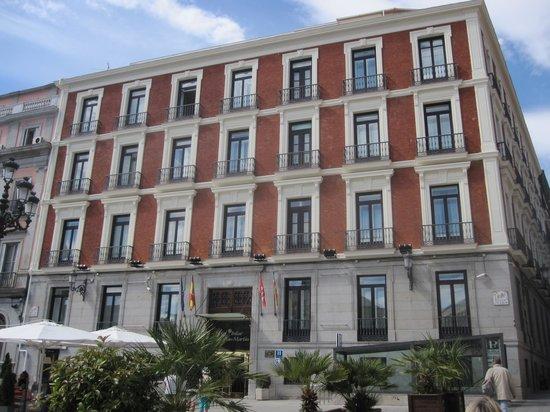 Intur Palacio San Martin: Impressive facade