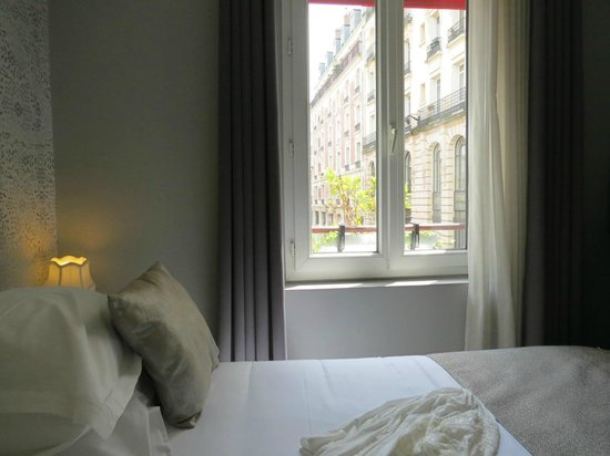 Auberge Flora : room with a view