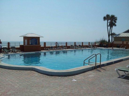 Super 8 Daytona Beach Oceanfront: Pool