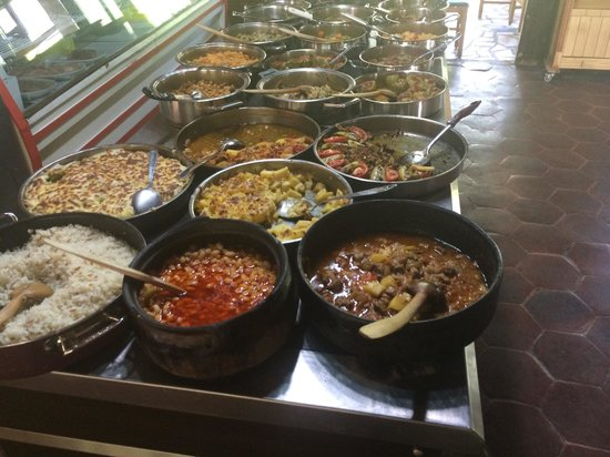 Bizim Ev Hanimeli Restaurant: Front end