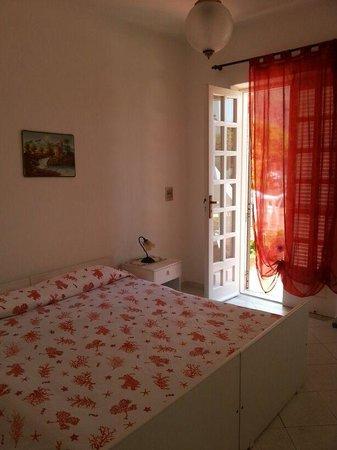 Hotel Villa Bernardina: camera matrimoniale