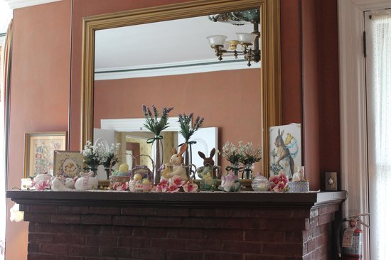 The Queen Victoria: Mantel Decorated for Spring