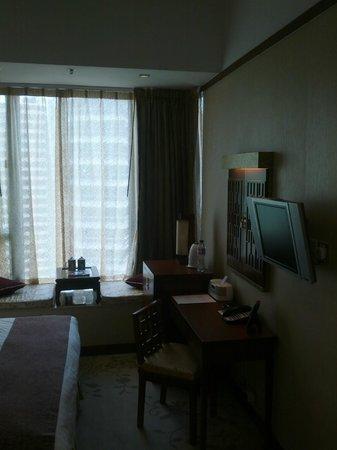 Lan Kwai Fong Hotel: Desk